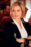 "Téa Leoni in ""The Family Man"""