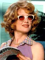 "Julianne Moore in ""Far From Heaven"""